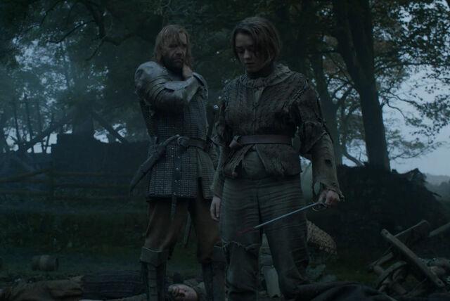 File:Arya and Sandor - Mockingbird -1.jpg