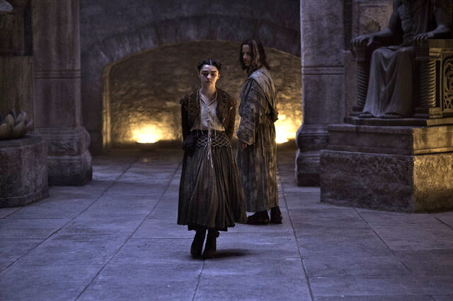 File:Arya and Jaqen The Dance of Dragons.jpg