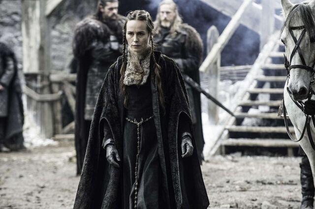 File:Selyse Baratheon costume.jpg