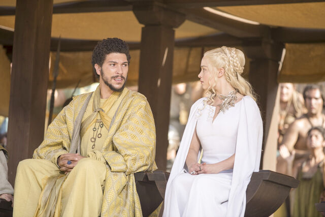 File:Daenerys and Hizdahr The Dance of Dragons.jpg