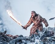Beric-Dondarrio-flaming-sword-Beyond-the-Wall-1024x823
