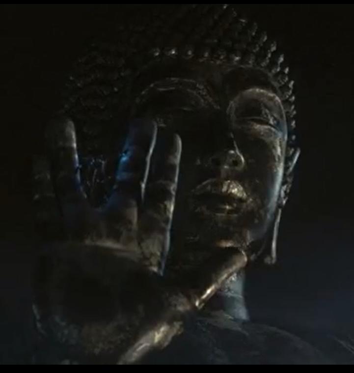 Archivo:Alien Buda Gigante Live Action.png