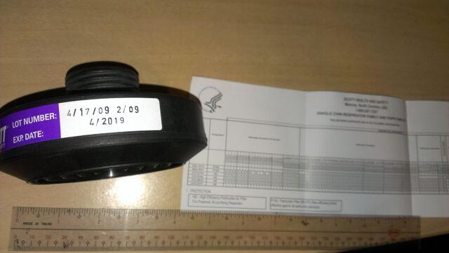 File:Scott P100 Expiry Date1.jpg