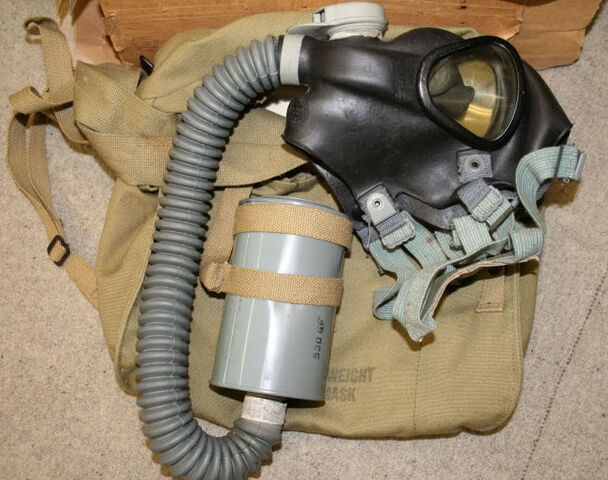 File:M3A1-10A1-6 Lightweight Service Gas Mask.jpg