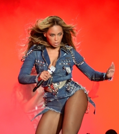 File:Beyonce on the run tour outfit3.jpg