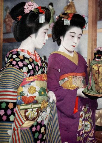 File:Vintage-postcard-album-full-01.jpg