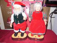 GEMMY DANCING CLAUS COUPLE SWINGING SWAYING MUSIC SANTA MRS CHRISTMAS 3