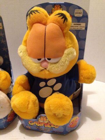 File:Fancy dancin' Garfield.jpg