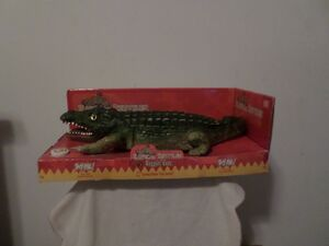 RADICAL REPTILES RAPPIN'CROC 2004 GEMMY INDUSTIES CORP
