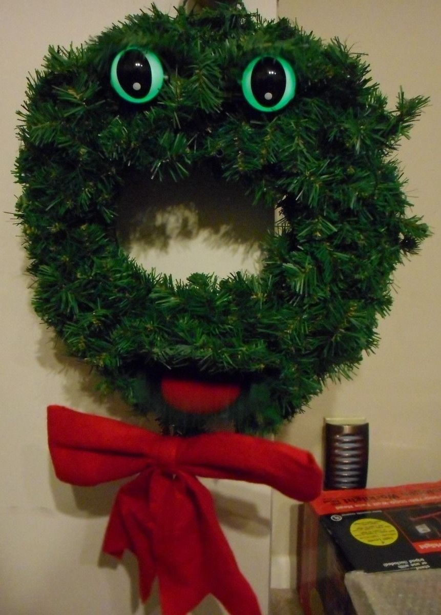 Gemmy Christmas ORIGINAL TALKING WREATH Douglas Fir Singing Motion Animated