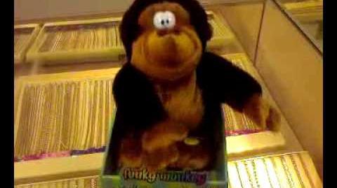 Gemmy funky monkey-Brown