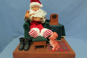 North pole productions Gemmy 1995 animated santa by his radio