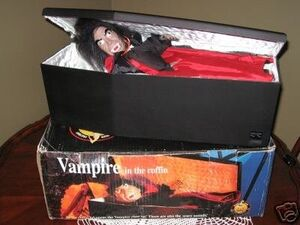 VINTAGE ANIMATED DRACULA VAMPIRE IN COFFIN