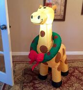 Gemmy Prototype Christmas Giraffe with Wreath Inflatable Airblown