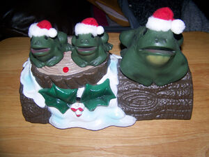 Gemmy singing christmas frog trio