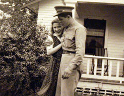 Stanley Dunham and Madelyn during war