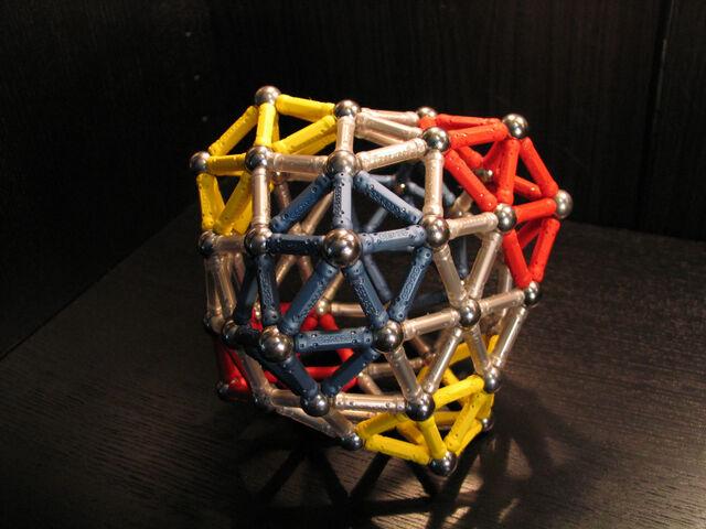 File:Snub exp (0 0 12 17) deltahedron.jpg