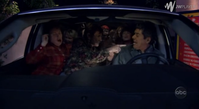 File:Ep 5x4 - George's turn to drive Benny around.png