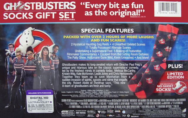 File:GhostbustersAnswerTheCallWalmartSocksGiftSet04.jpg