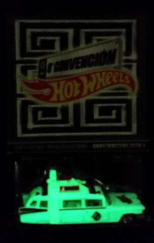 File:Hot Wheels Ecto1 2015 Mexico Convention06.jpg