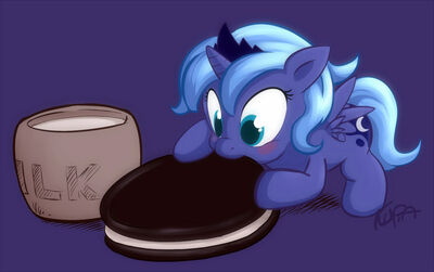 81374-my-little-pony-friendship-is-magic-luna-and-oreo