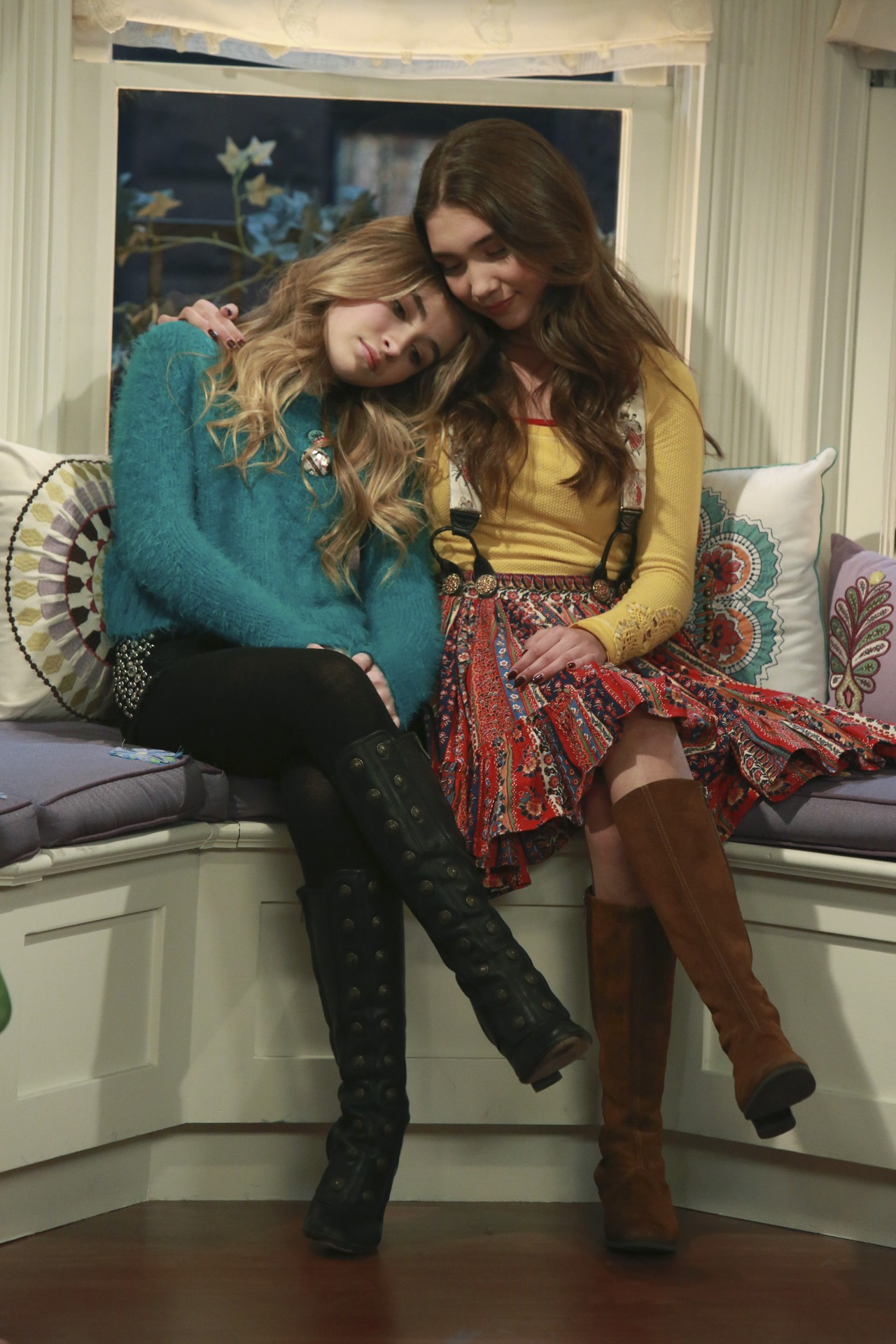 riley from girl meets world singing Via youtube capture girl meets world- riley finds out maya likes lucas and brother zones him | girl meets texas - duration: 3:16 scenes 849,286 views.