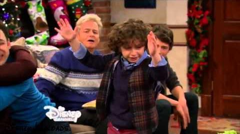 EXCLUSIVE Clip Shawn Returns to Girl Meets World!