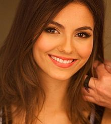 File:220px-Victoria Justice on Walmart cropped.jpg
