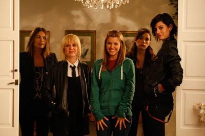 File:Girltrash-All-Night-Long-cast.jpg