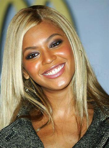 File:Beyonce-2004.ss full.jpg