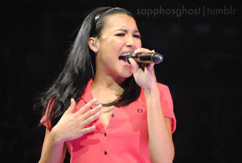 File:Naya-Rivera-Boston-Glee-Live-glee-22729219-500-336.jpg