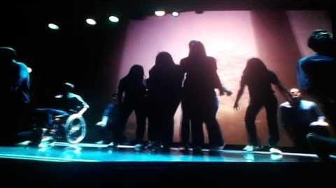 Glee - One Full Performance-0