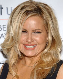 Jennifer-Coolidge-i105144