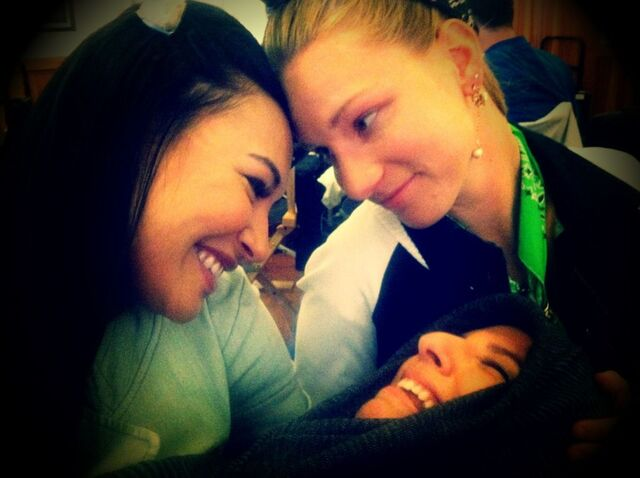 File:Brittana-with-their-baby-Sugar-glee-30927388-1024-765.jpg