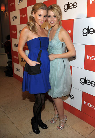 File:InStyle 20th Century Fox Celebrate Glee Golden z224EUpvtbi.jpg