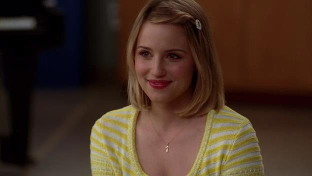 File:QuinnFabray in WheelChair.jpg