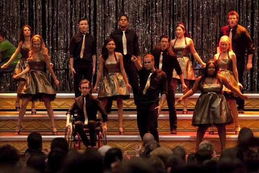 File:Glee-Finale.jpg