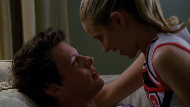 File:Fuinn-1x01-Pilot-glee-couples-11829068-1280-720.jpg