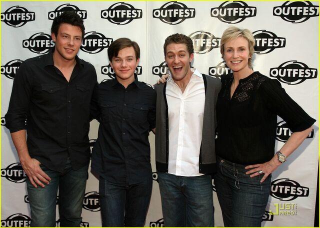 File:Glee-outfest-09.jpg