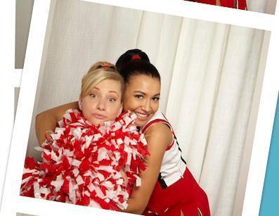 File:Glee-Cast-Fox-Photo-Booth-Photo-Shoot-glee-11379668-397-307.jpg