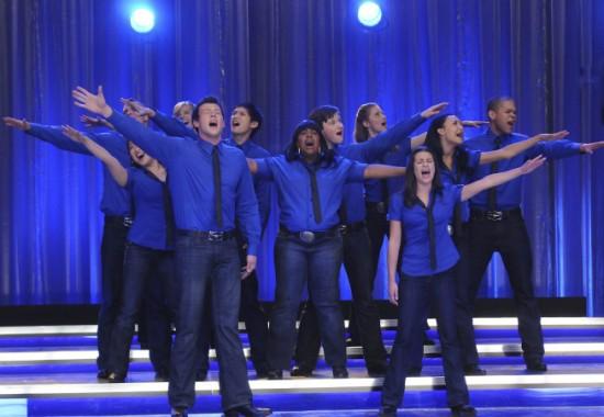 File:Glee Somebody To Love.jpg