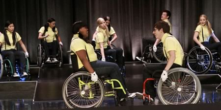 File:Glee-ep-9-wheels-wheelchairs1.jpg