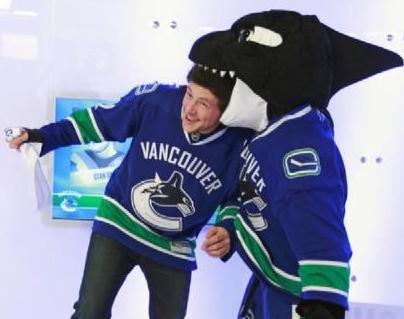 File:Cory Vancouver Kit & Shark.jpg