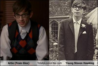 File:Artie-from-glee-totally-looks-like-young-steven-hawking.jpg