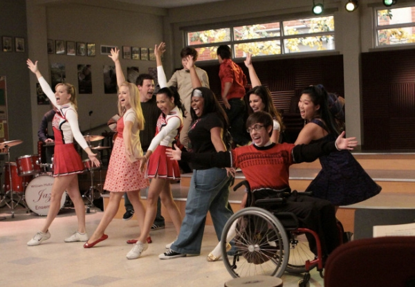 File:Tn-500 112glee-ep112 sc41 5054.jpg