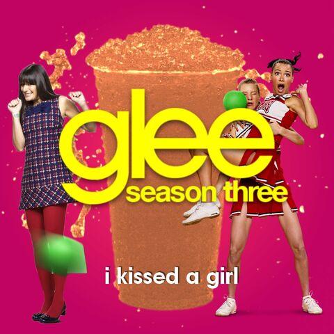 File:Rachel and Santana I Kissed a Girl.jpg