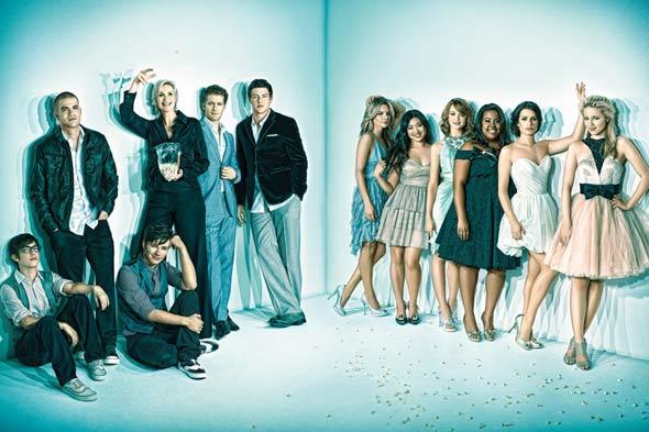 File:Glee-cast-emmy-magazine-590sd06102010.jpg