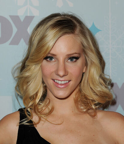 File:Heather Morris Makeup Pink Lipstick 2rCHZZPbnEHl.jpg