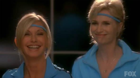 File:Glee-Physical.jpg