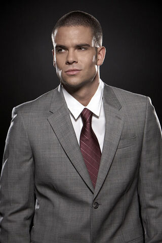 File:Mark-Salling-Puck-.jpg